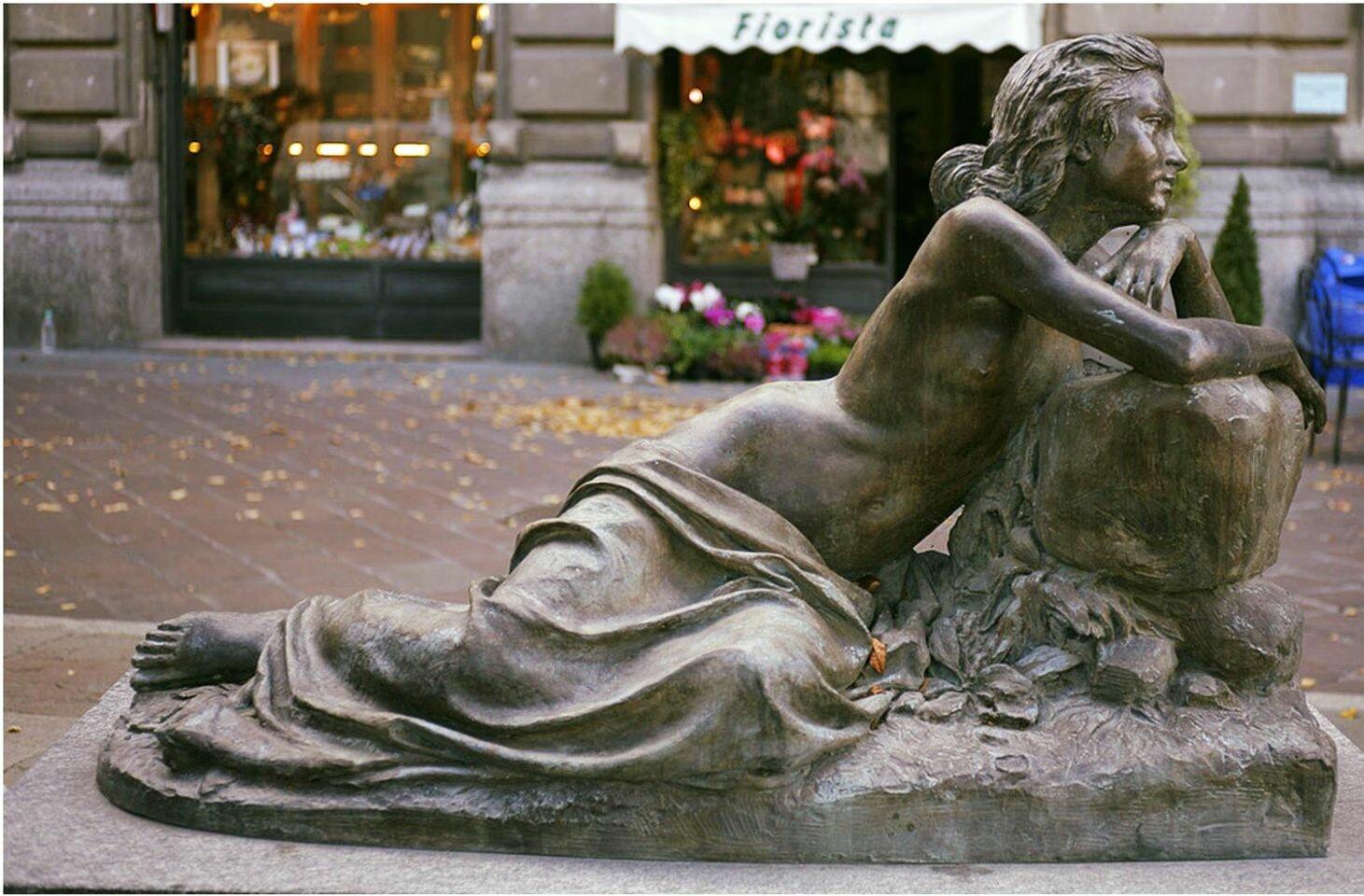 """Salsomaggiore: """"La Nostalgia"""", statua in bronzo realizzata da Cristoforo Marzaroli"""