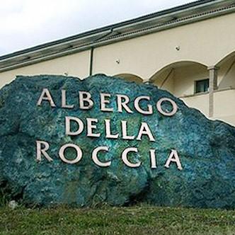 Varano de' Melegari - Albergo della roccia