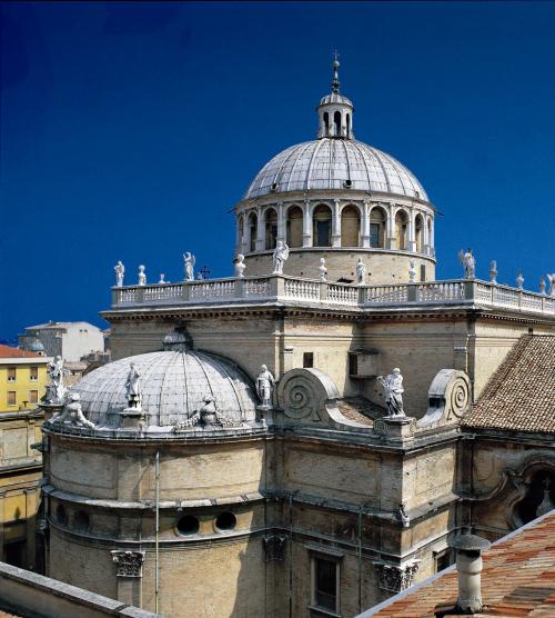 Parma - LA BASILICA MAGISTRALE DELLA STECCATA con gli affreschi del Parmigianino