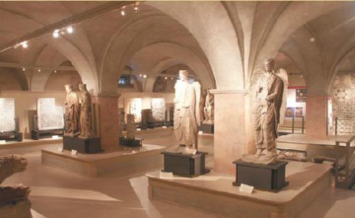 Parma - Museo Diocesiano, il museo con le sculture di Benedetto Antelami