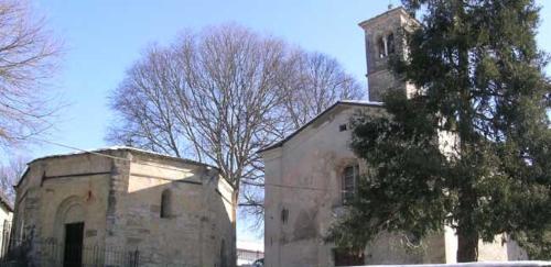 Varano de' Melegari - Chiesa di San Lorenzo e Battistero a Serravalle