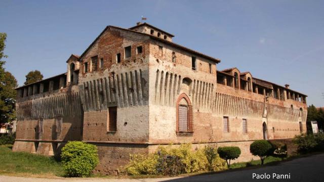 ROCCABIANCA - Il Castello