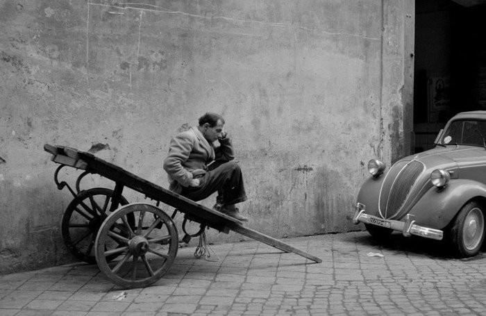 Mostra a Palazzo Pigorini AZ - Arturo Zavattini Fotografo. Viaggi e cinema, 1950-1960