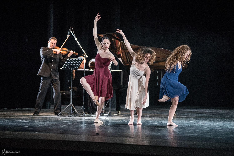 """""""Incontrarti"""", danza musica e pittura all'Auditorium Paganini  Lo spettacolo  unisce arte, cultura e sensibilizzazione sul tema del valore della persona"""