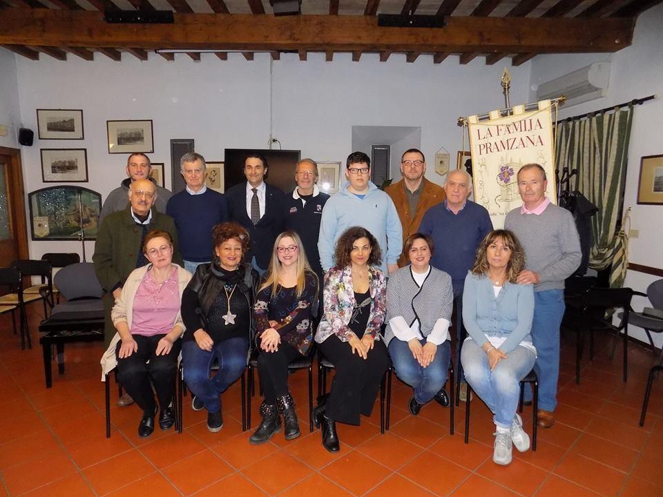 """Stagione dialettale al Teatro S. Evasio: la  Compagnia Famija Pramzana con  """"Sotta a chi tocca"""""""