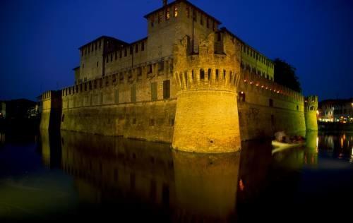 Experience Castle: Cena al buio in Castello – Nessuno Escluso -