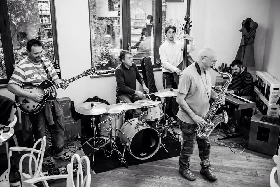 Burrito Jazz Quintet live al Lunarium
