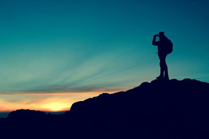 Alba sul Monte Bocco: escursione mattutina sul crinale