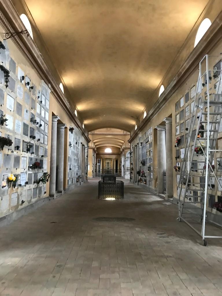 Lenz per Il Rumore del Lutto: al Cimitero della Villetta, dello spettacolo Iphigenia in Aulide.