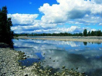 """""""Ti racconto il mio fiume"""" nel Parco del Taro, letture e giochi sensoriali per conoscere il fiume"""