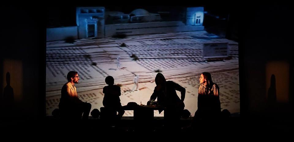 """Stagione adulti  del Teatro del Cerchio:  """"Ritratto di donna araba che guarda il mare"""""""