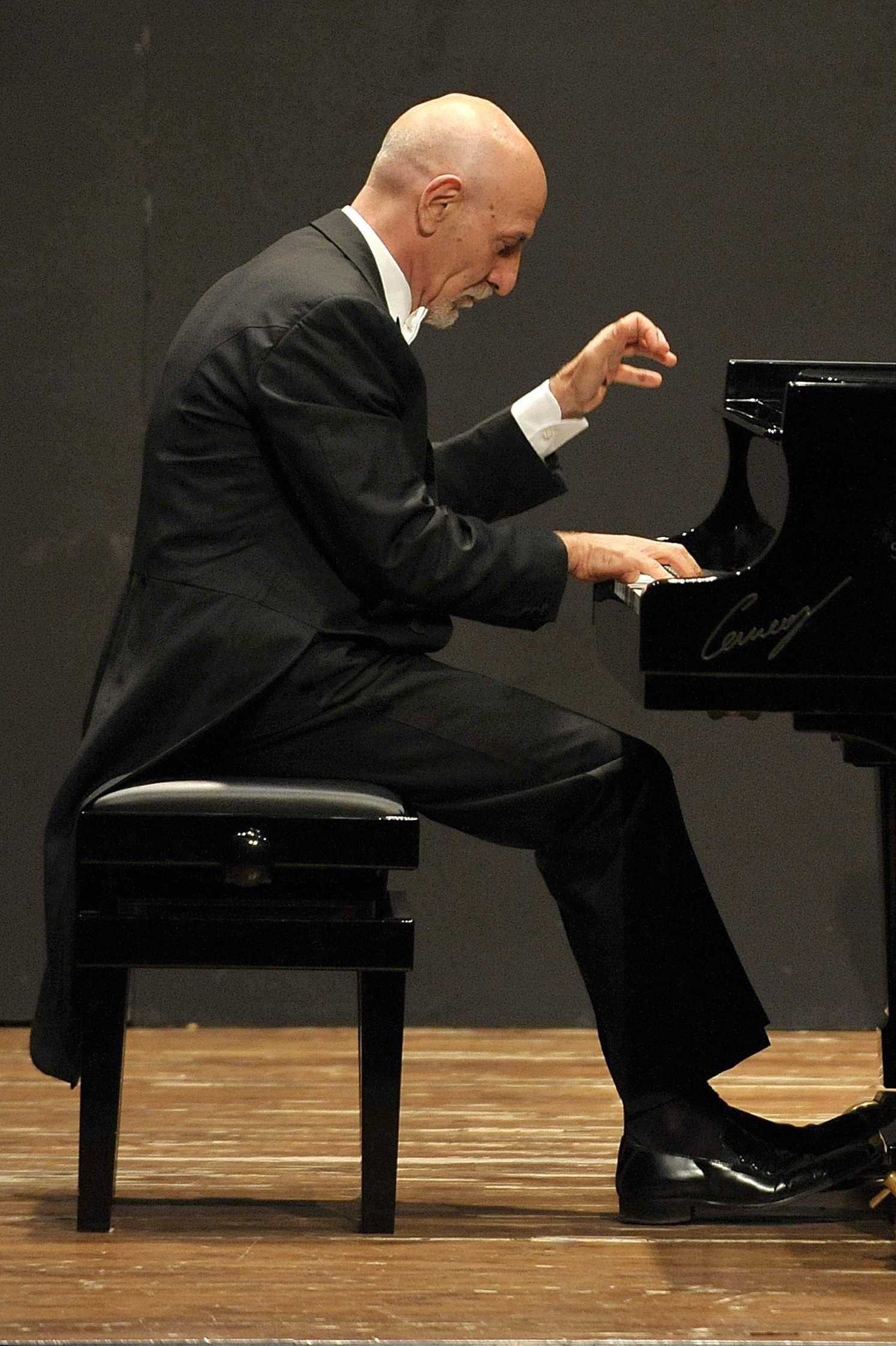 I Concerti della Casa della Musica  Roberto Cappello dà il via a #BeethovenExperience2