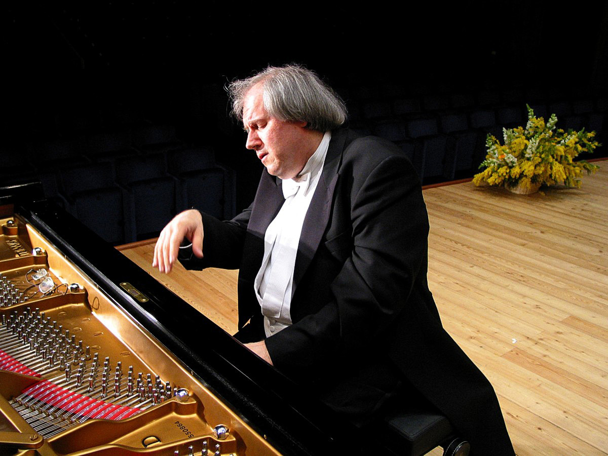 Stagione concertistica del teatro Regio:Grigory Sokolov  Pianoforte