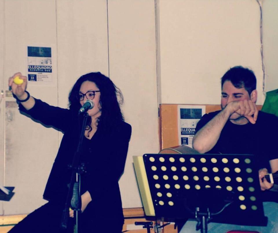 Ellequadro acoustic duo live  al Bastian Contrario