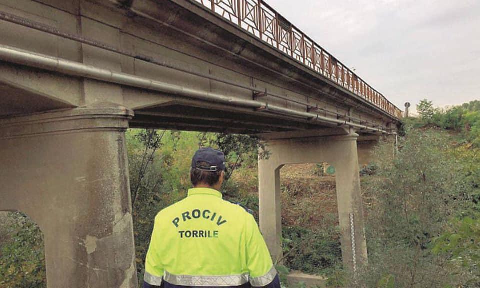 Interrotto il transito veicolare in corrispondenza del Ponte in Loc. San Siro di Torrile