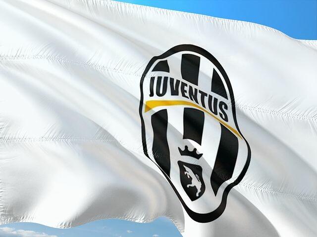 OMBRE ROSSE regala un biglietto per Parma-Juve