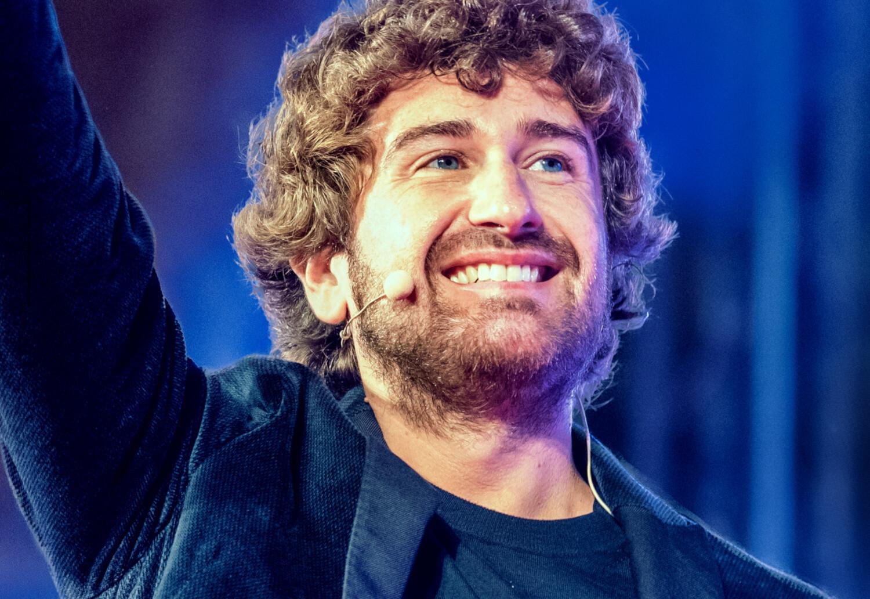 TUTTI A TEATRO: ALESSANDRO SIANI  in  Felicità tour