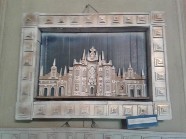 Alla fiera di San Donnino  le  opere di Gianni Gallo realizzate con carta e cartoni di