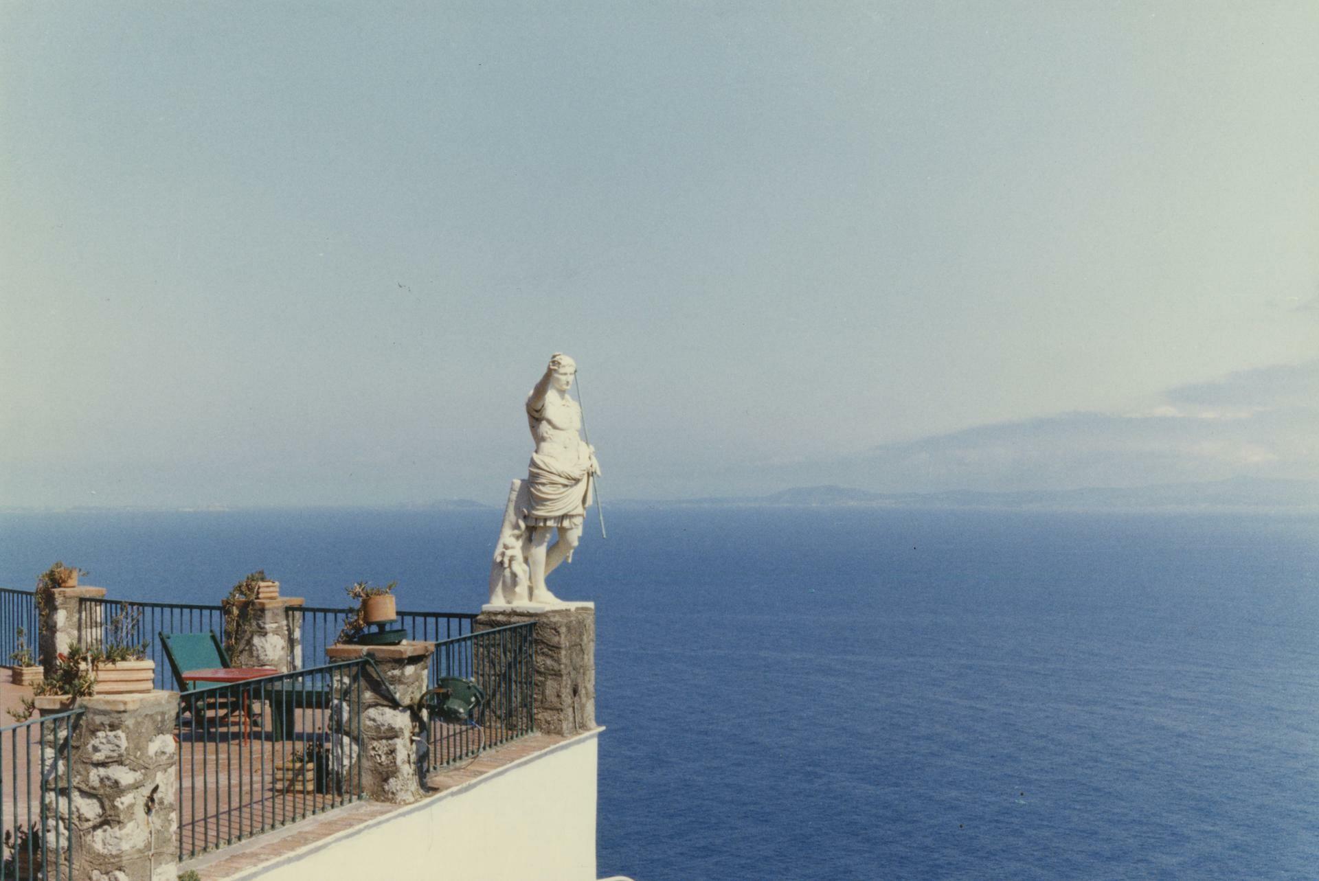 Luigi Ghirri, Giovanni Chiaramonte. Ultima bellezza  in mostra alla Reggia di Colorno