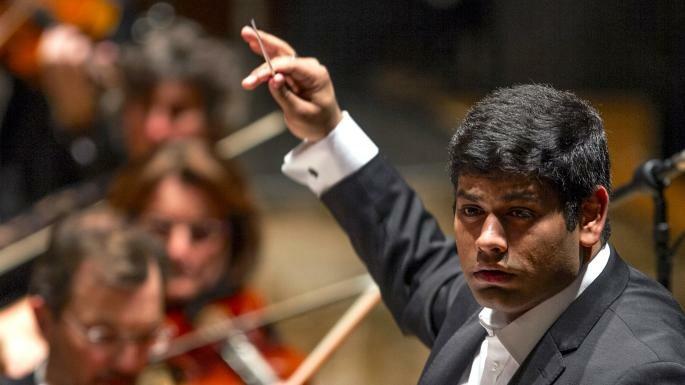 DEBUTTA LA XLIV STAGIONE DEI CONCERTI DELLA TOSCANINI Alpesh Chauhan dirige la Filarmonica: Ottava e Nona Sinfonia di Beethoven