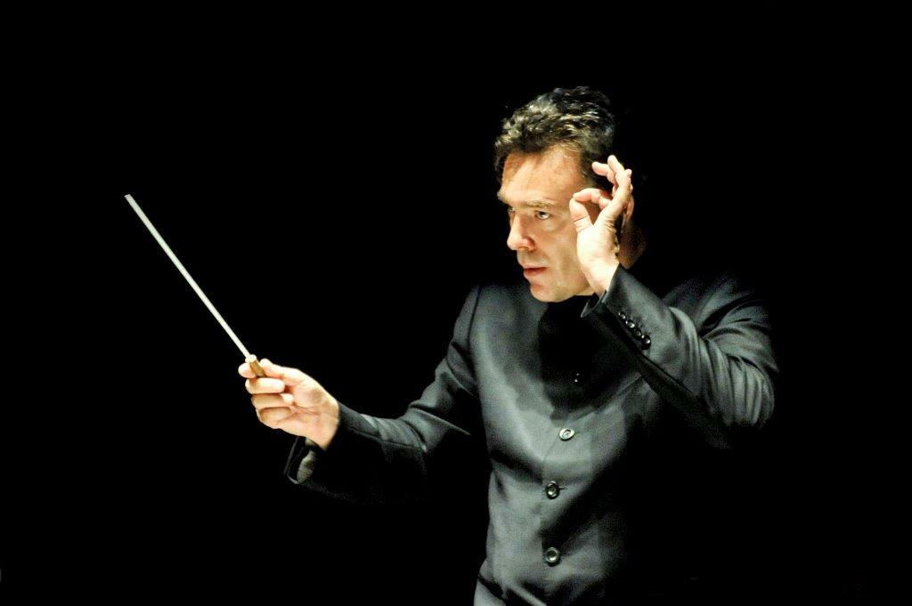 """SIMONE RUBINO  E IL BOLERO DI RAVEL APRONO LA STAGIONE """"FENOMENI"""" DELLA TOSCANINI Yves Abel dirige la Filarmonica"""