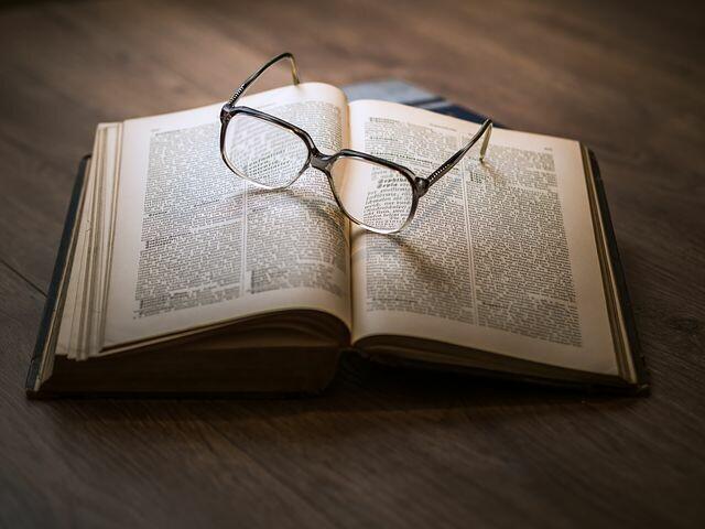 Presentazione del libroArruina. UNa favola oscura.Di Francesco Iannone
