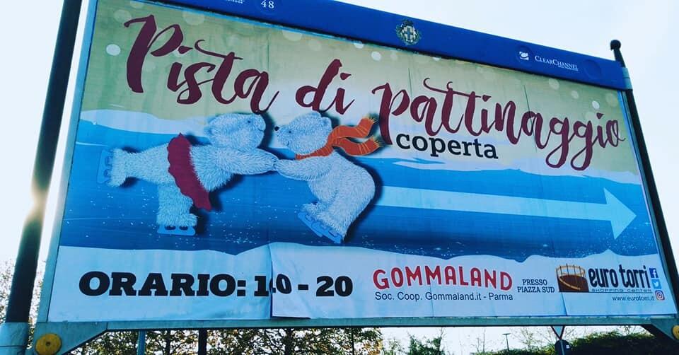 LA PISTA DI PATTINAGGIO DI GOMMALAND FAMILY VILLAGE BY CRESTI FABRIZIO