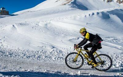 Serata con l'atleta di ultracycling Omar Di Felice