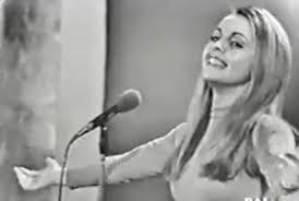 Incontri in famija:  Edda Ollari cantante parmigiana si presterà ad alcune domande e canterà alcuni dei pezzi