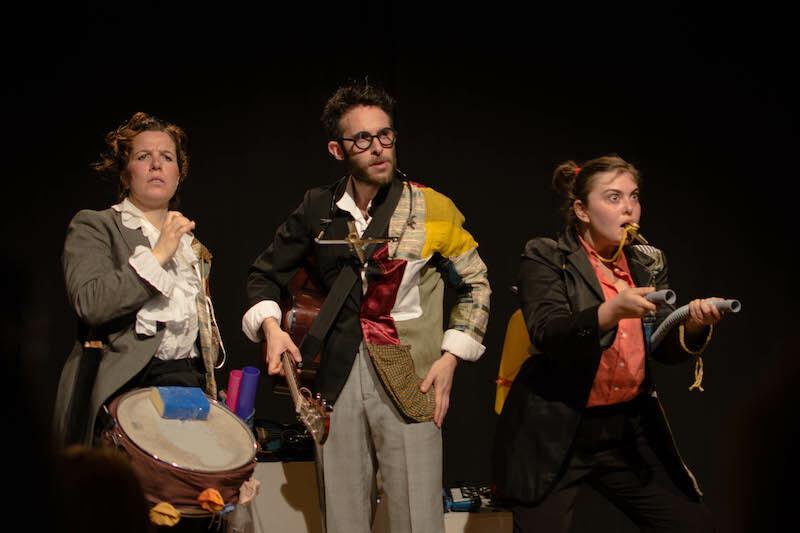 """Teatro del Cerchio: stagione per famiglie  L'accento sulla """"A"""" - le favole di Rodari."""