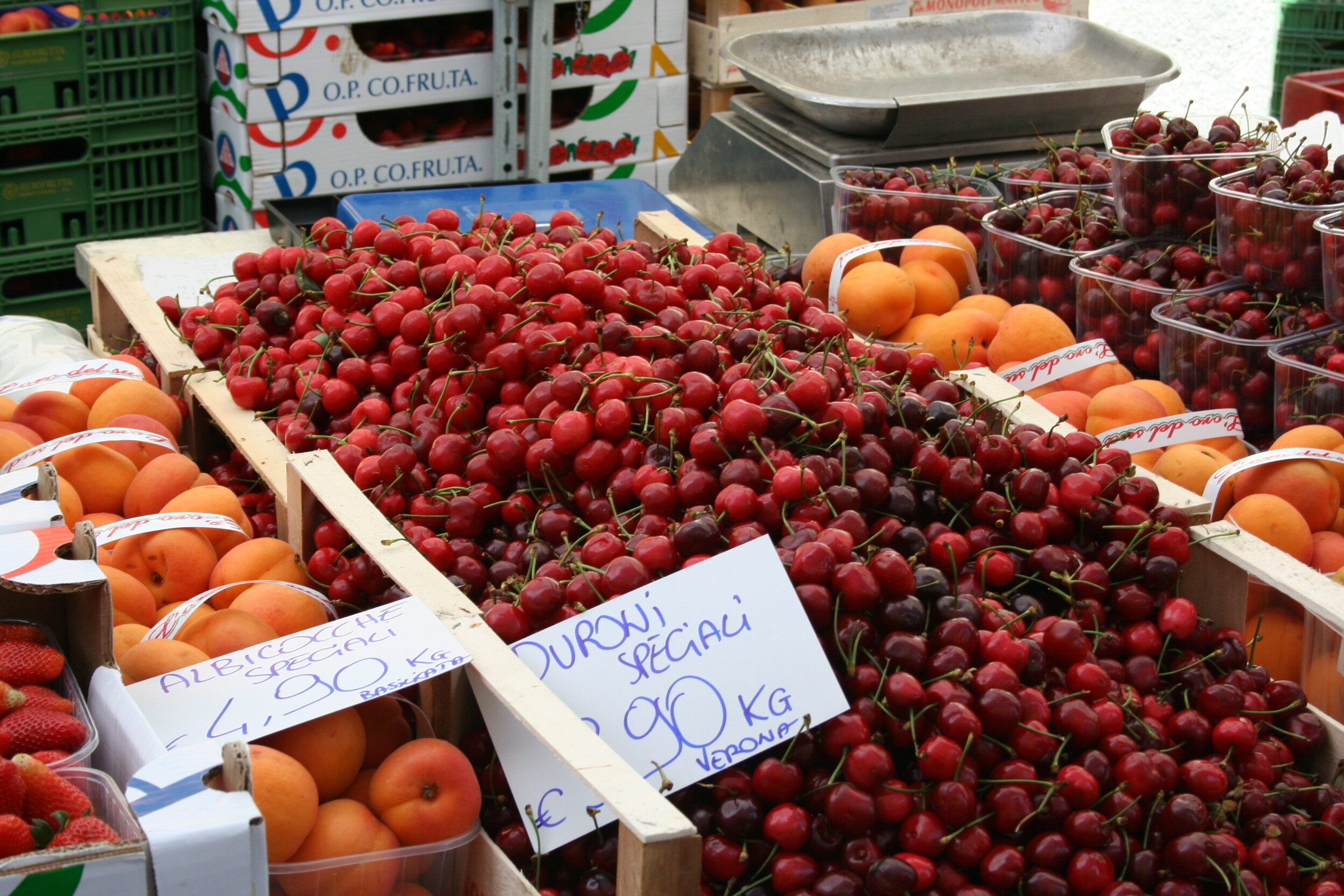 Siete sicuri di essere più al sicuro al supermercato che al mercatino degli agricoltori?
