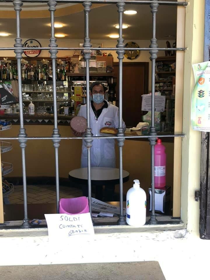Marco Dioni della Trattoria Cavallo apre il negozio per voi dal lunedì al sabato, ma solo su prenotazione