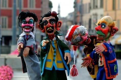 La straordinaria raccolta di marionette e burattini ora online
