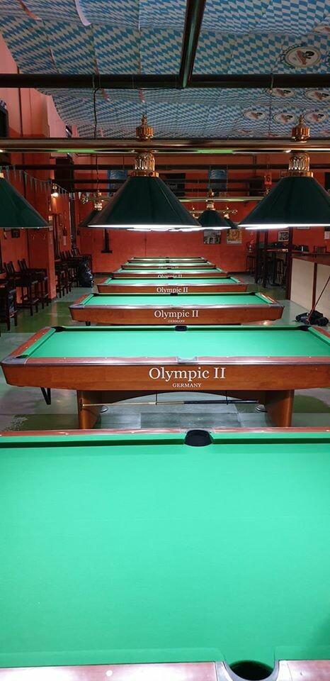Al Twickenham Pub & Billiards puoi giocare a biliardo e freccette