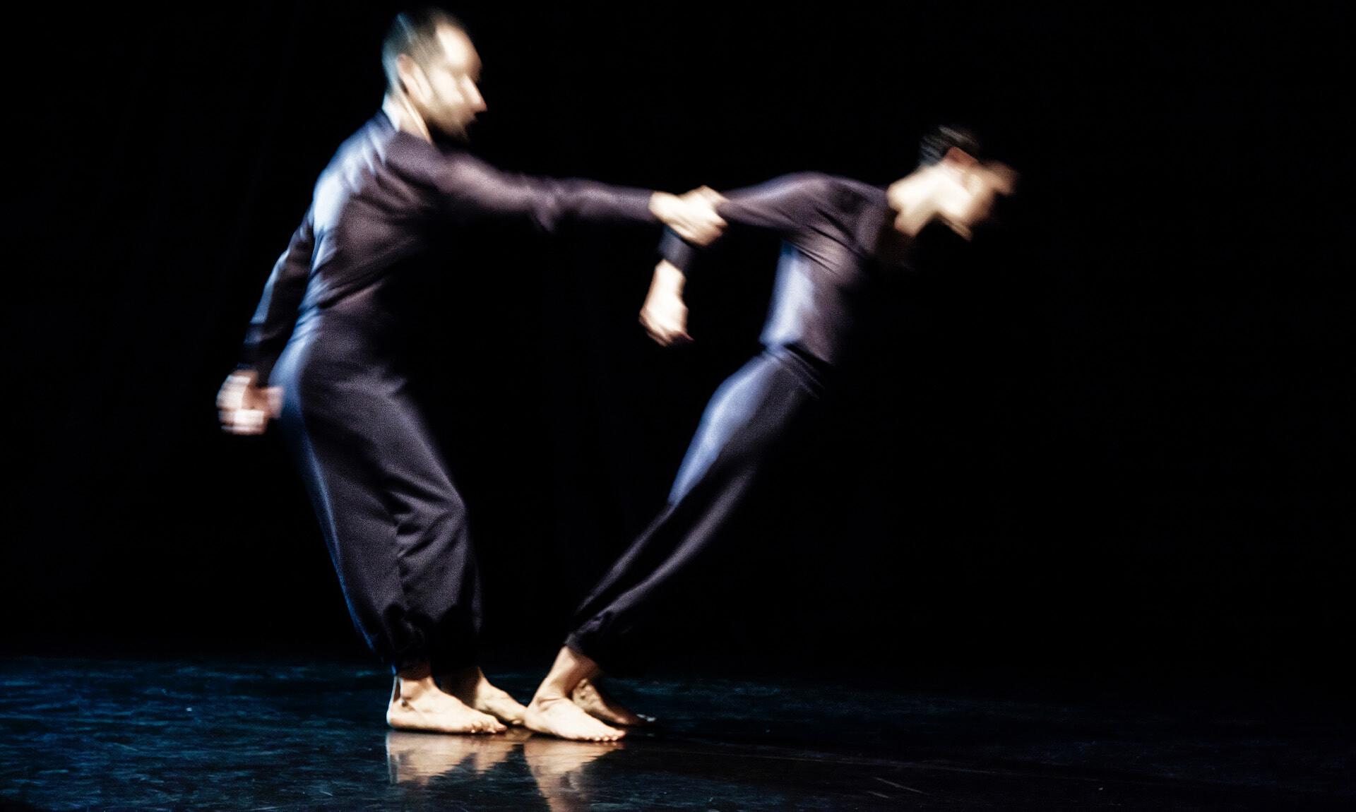 Verdi off:  BARAONDA VERDI  Uno spettacolo di teatrodanza liberamente ispirato alla trilogia popolare verdiana.