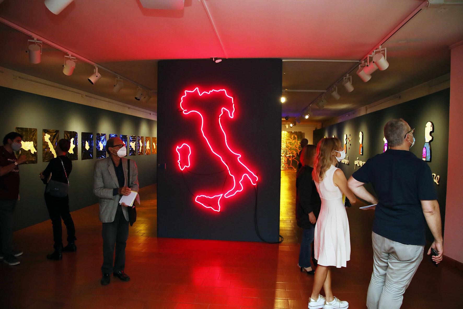 """Museo Civico delle Cappuccine """"Insieme al mondo, piangere, ridere, vivere,"""" opere del visual artist Fabrizio Dusi"""
