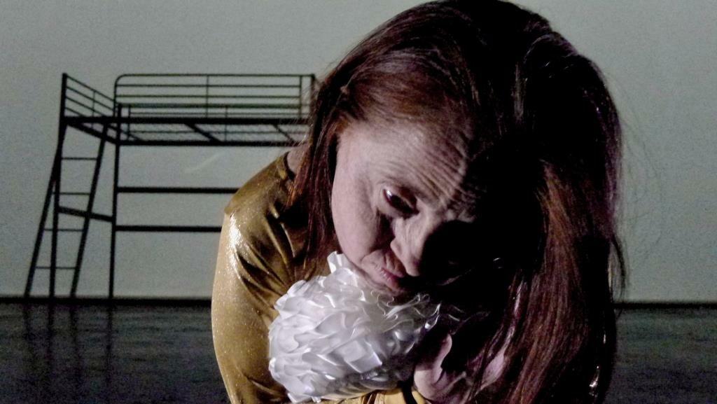 RE-Opening MONDI NUOVI Prima nazionale a Lenz Teatro per Altro stato, la nuova creazione interpretata dall'attrice sensibile Barbara Voghera