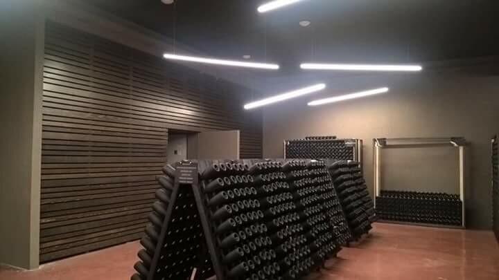 Extra Opening Sabato 14 da  Oinoe  la città del vino