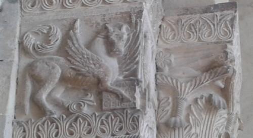 Visite guidate al Il complesso monumentale romanico di Badia Cavana