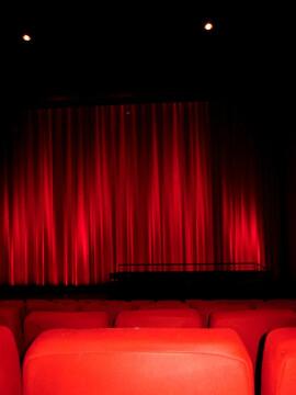 Al cinema D'Azeglio DUE (Deux)  di Filippo Meneghetti.
