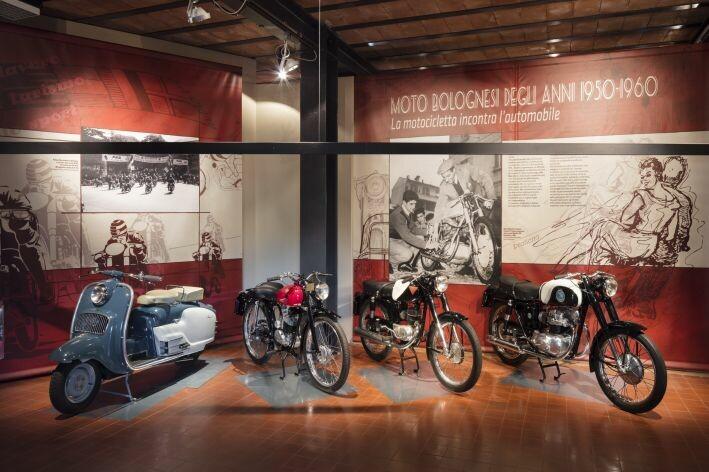 """""""Moto bolognesi degli anni 1950-1960. La motocicletta incontra l'automobile"""" al  Museo del Patrimonio Industriale di Bologna"""